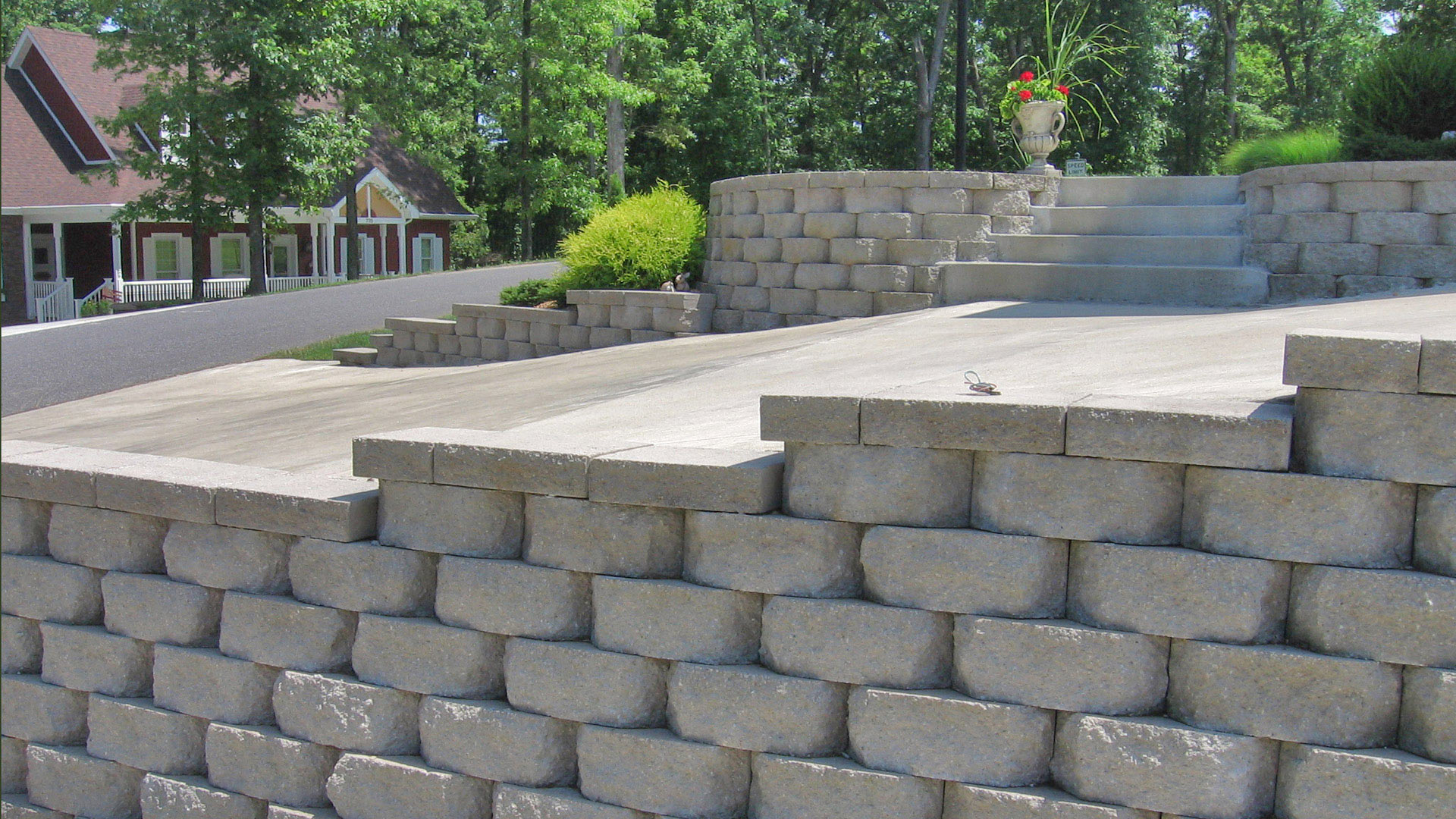 Retaining Wall Block Cleaner : Caesar in limestone create a clean timeless look