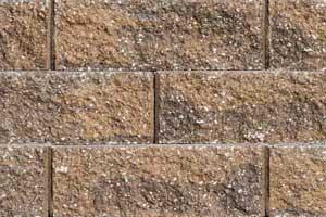 Caesar Straight Retaining Wall Sandstone