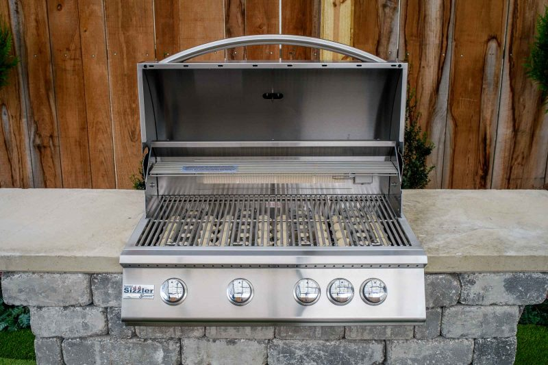 Willard Grill Station grill open