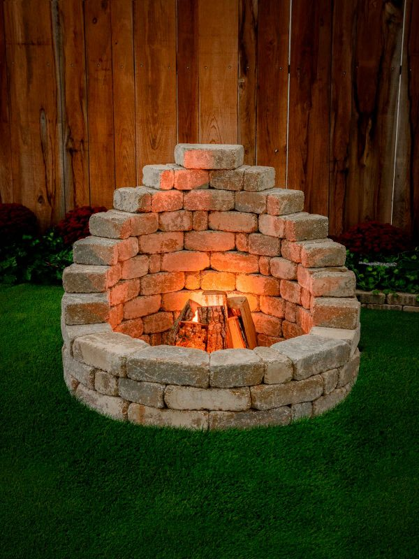 Latessa DIY Firepit Kit lit